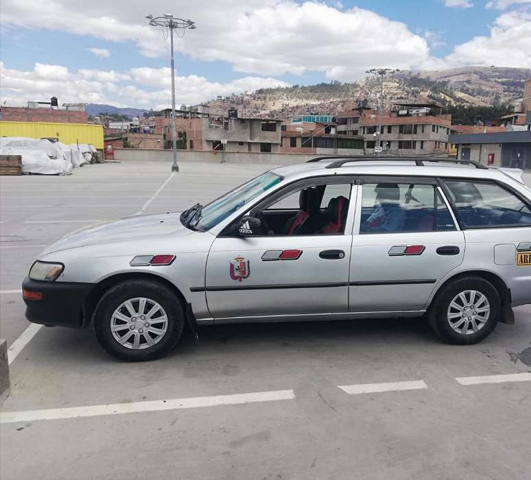 Toyota Corolla 1998 - 170000 km
