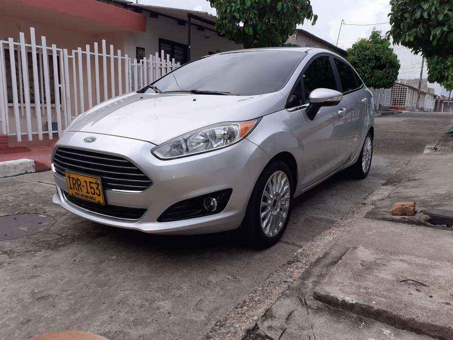 <strong>ford</strong> Fiesta  2016 - 49000 km