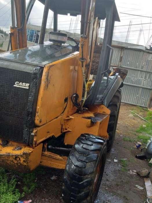 Vendo Case 580 Super M 4x4 gallineta motor recien reparado perfectas condiciones