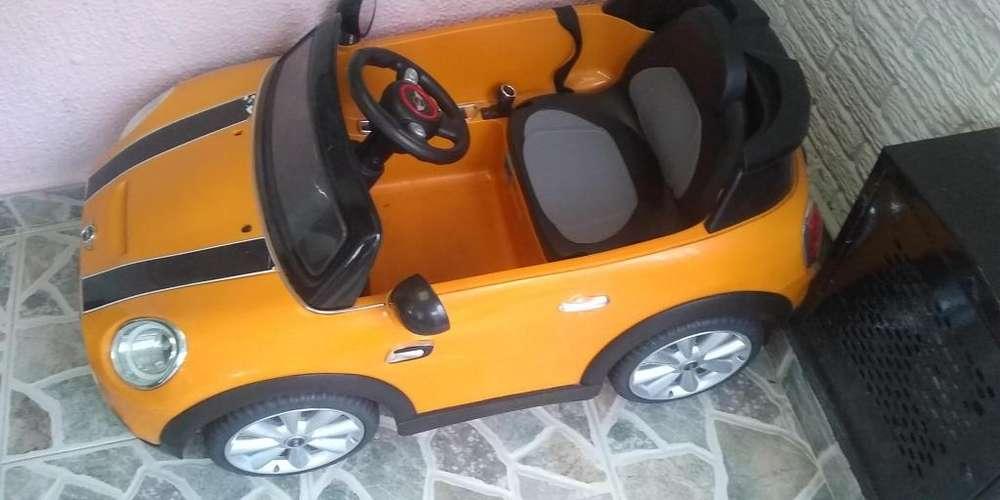 Venta carro infantil montable