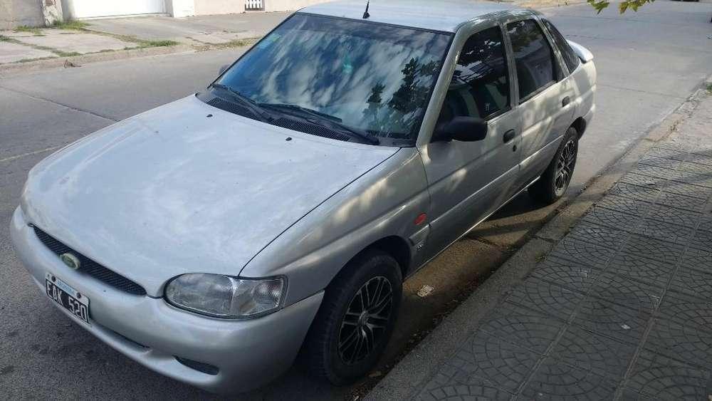 Ford Escort 2002 - 76000 km