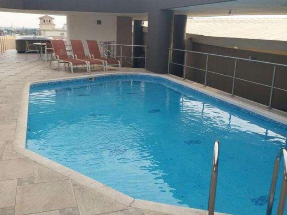 Samborondon Plaza Vendo Suite Amoblada