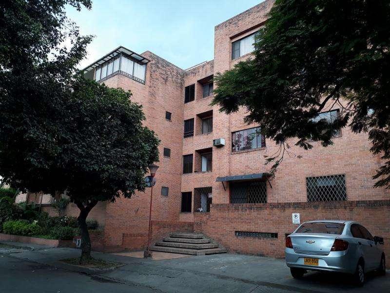 Cod. VBNEI121 Apartamento En Venta En Cali Urbanización La Flora