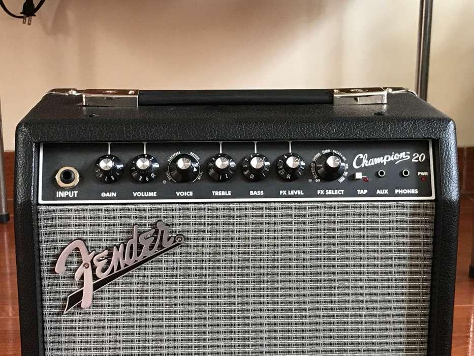 Amplificador de <strong>guitarra</strong> con Efectos Fender Champion 20