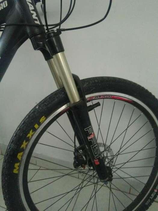 Bicicleta Giant Atx Pro