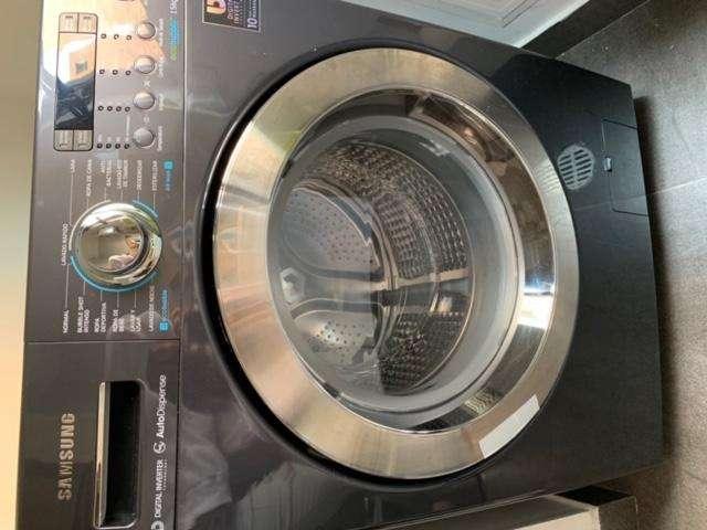 Lavadora-secadora marca Samsung capacidad 15 kg