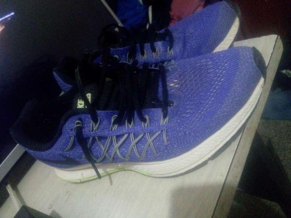 Vendo Nike Zoom Talle 41