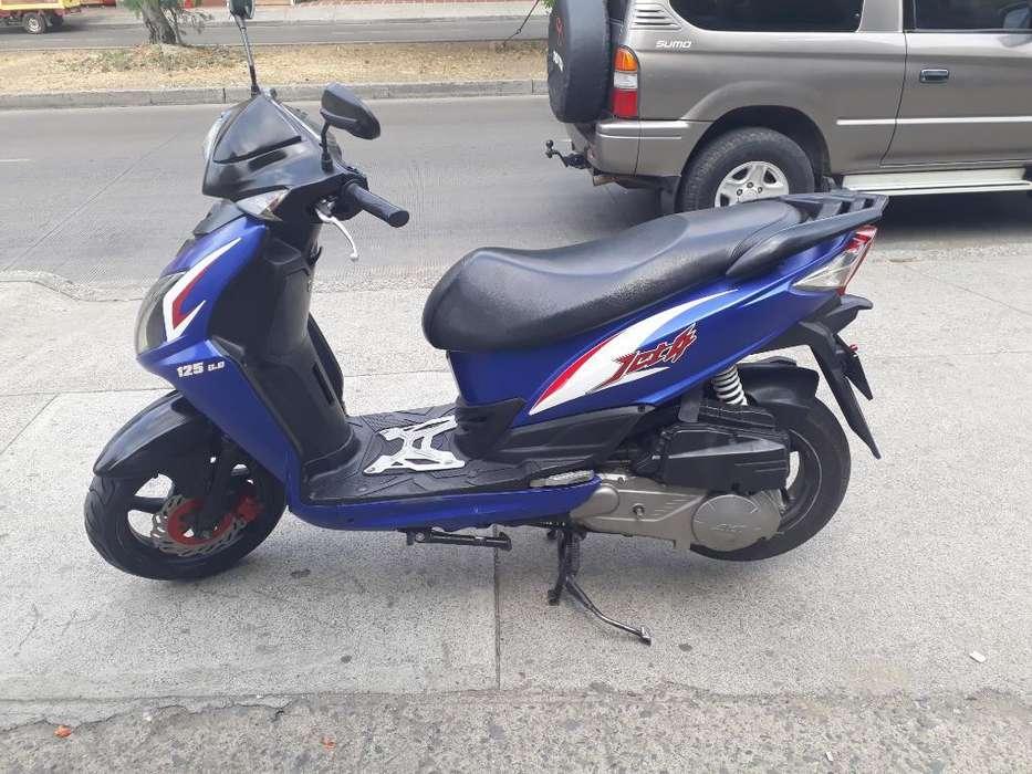 Jet 4 2013 Al Dia
