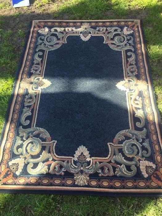 Carpeta <strong>alfombra</strong> importada