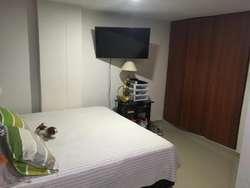 Se vende apto 75 M2 , Santa Marta , Rodadero, 2 HB , 2BÑ , excelente ubicación cerca del mar y montañas.