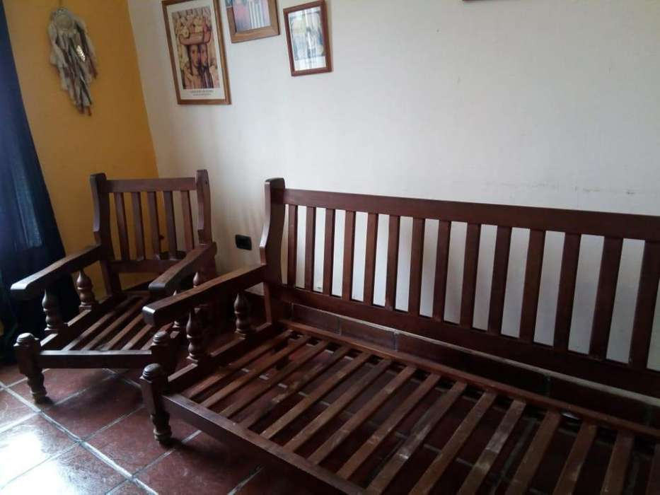 Juego de <strong>muebles</strong> 2 sillones de un cuerpo y 1 de tres cuerpos