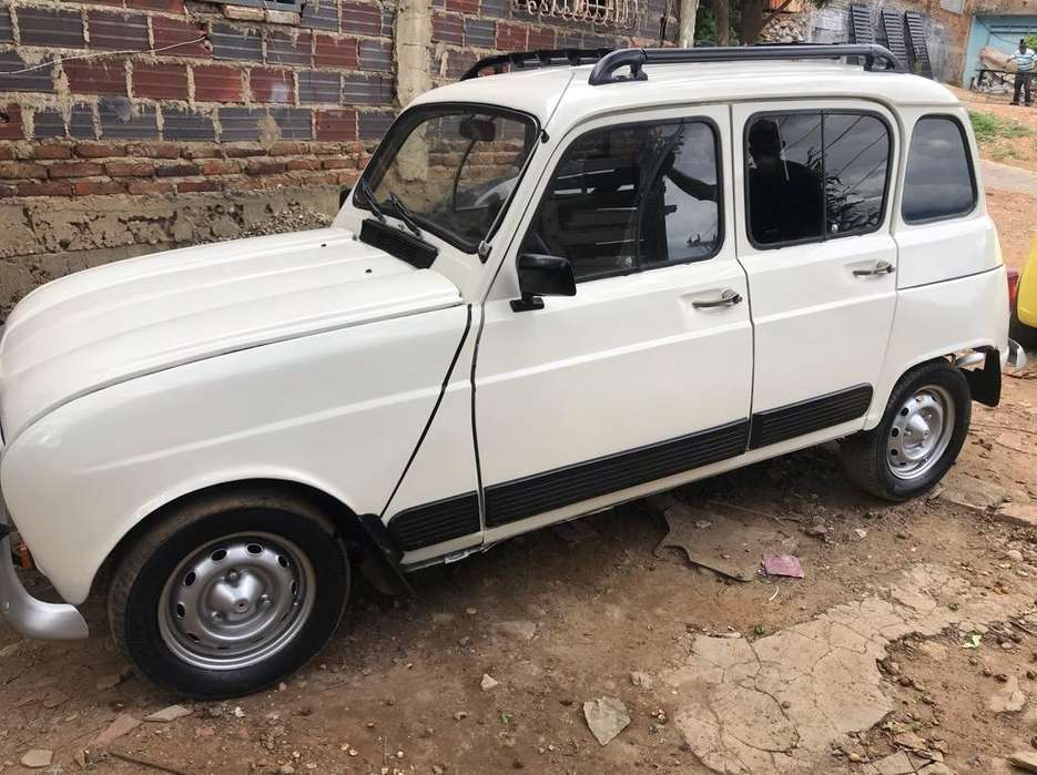 <strong>renault</strong> R4  1993 - 100000 km