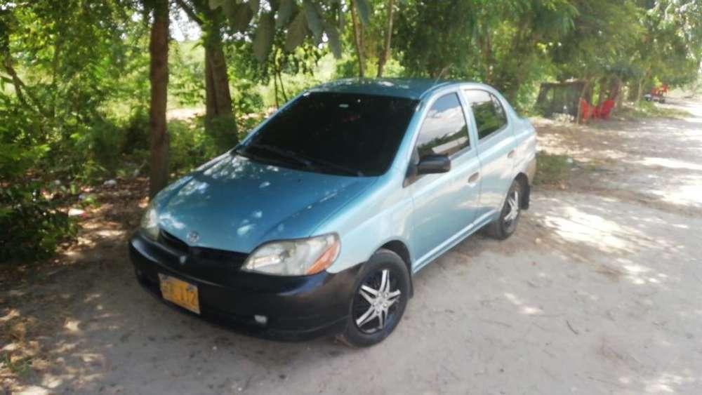 Toyota Yaris 2000 - 231635 km