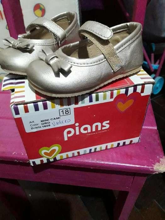 Zapatos Dorados Talle18