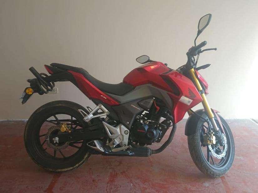 MOTO HONDA CB190R (Rojo)