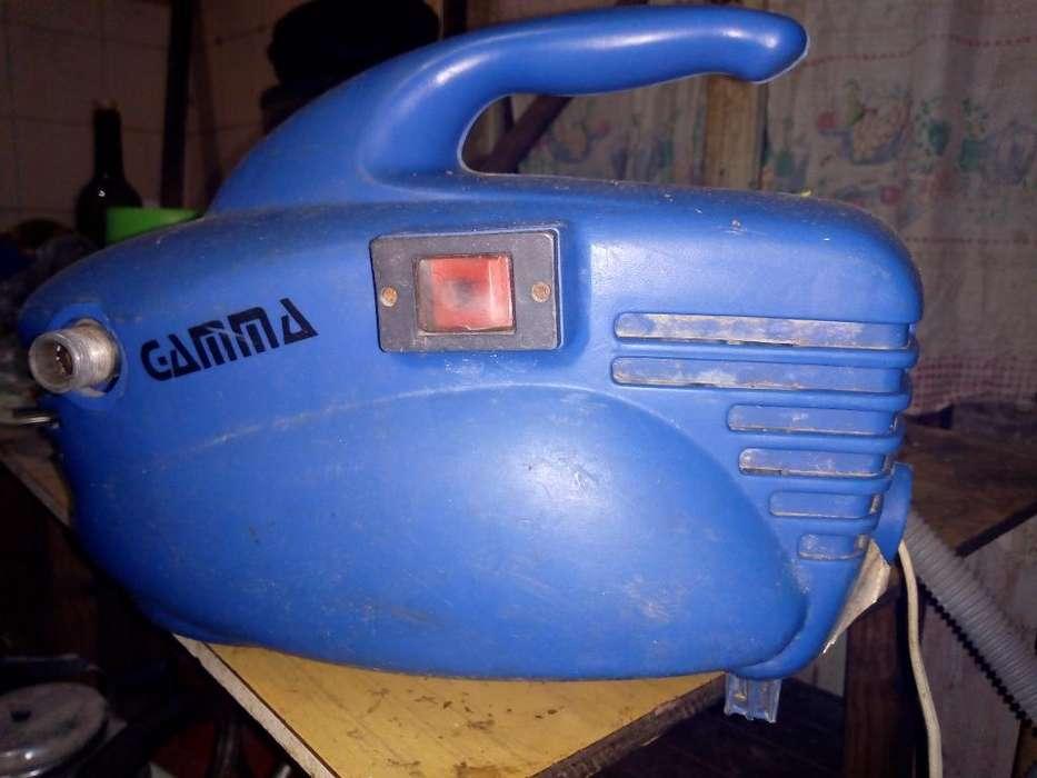 Vendo Lavadora Gamma Uso de Cada, 362 4
