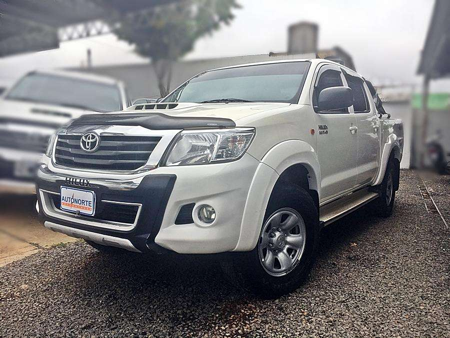 <strong>toyota</strong> Hilux 2015 - 115000 km