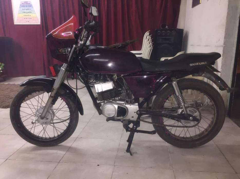 Vendo Moto Ax100 Recién Pintada