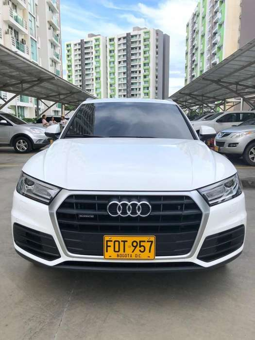 Audi Q5 2018 - 9885 km