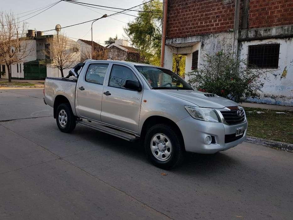 Toyota Hilux 2012 - 160 km