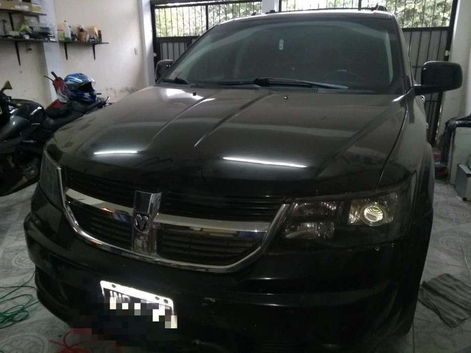 Chrysler Otro 2011 - 149000 km