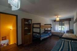 zr25 - Casa para 4 a 16 personas con pileta y cochera en Ciudad De Córdoba
