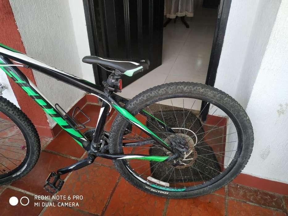 Bicicleta Scott Aspect 750 Alloy 6061