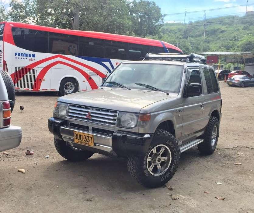 Mitsubishi Montero 1996 - 340000 km