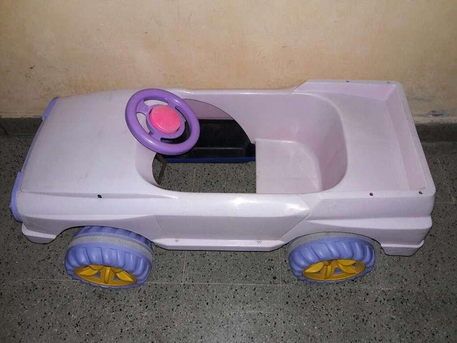 Auto con Pedales