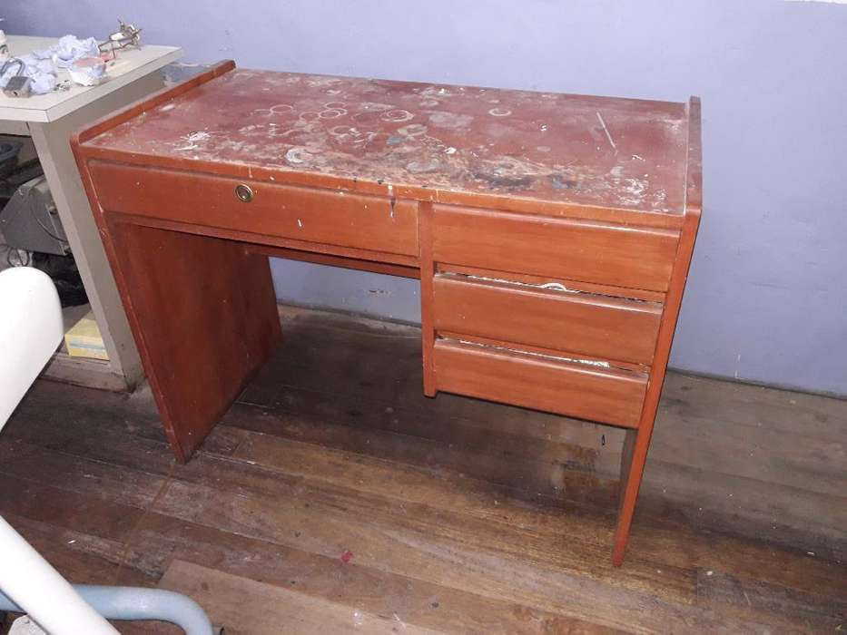 Vendo <strong>escritorio</strong> de Madera