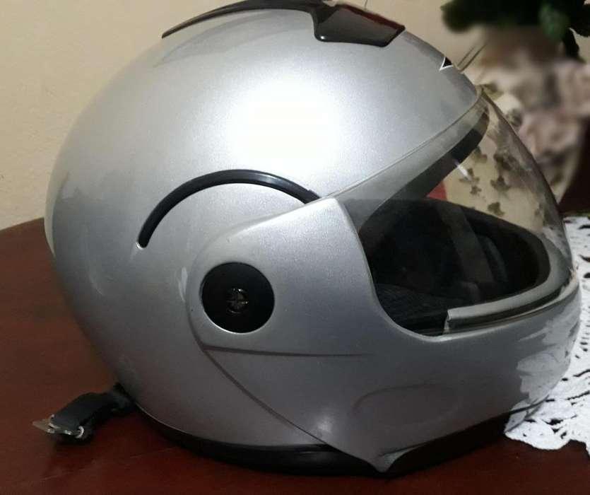 Vendo casco VCAN MAX E9