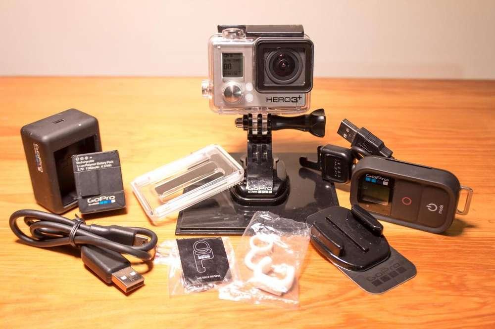 Cámara Go Pro 3 Black con Memoria De 64 Gb Carcasa Sumergible y Accesorios