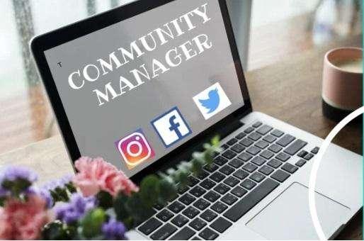 administrador de redes sociales (facebook,instagram)