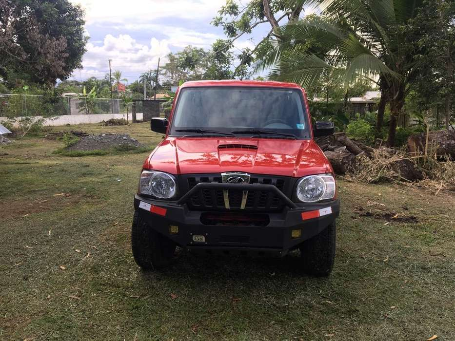 Mahindra PICK UP 4X4 2017 - 100000 km