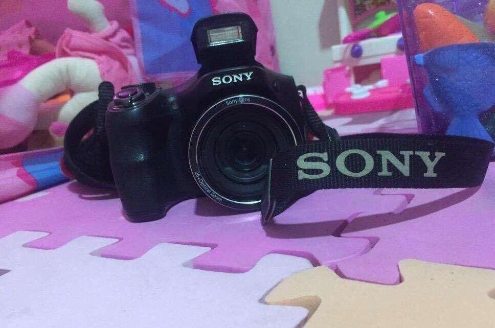 Camara Semiprofesional Sony