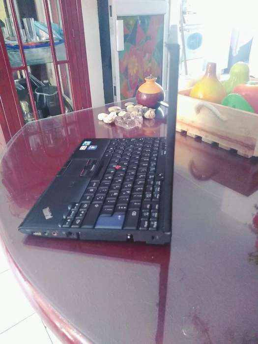 Vendo Lenovo Thinkpad X 201