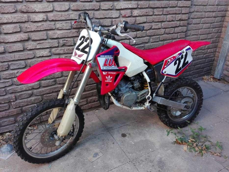 Vendo <strong>honda</strong> cr 80 modelo 2001
