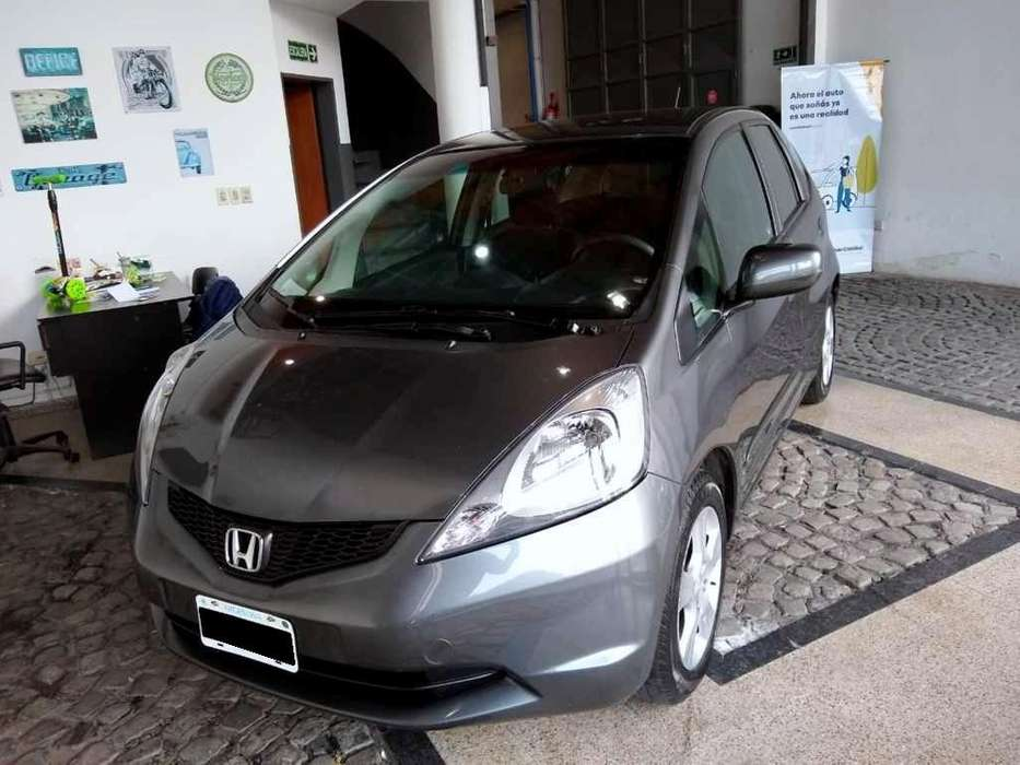 Honda Fit 2012 - 103000 km