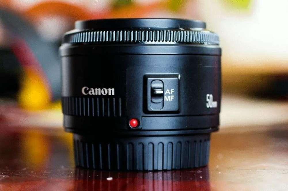 Lente de cámara Canon de 50 Mm