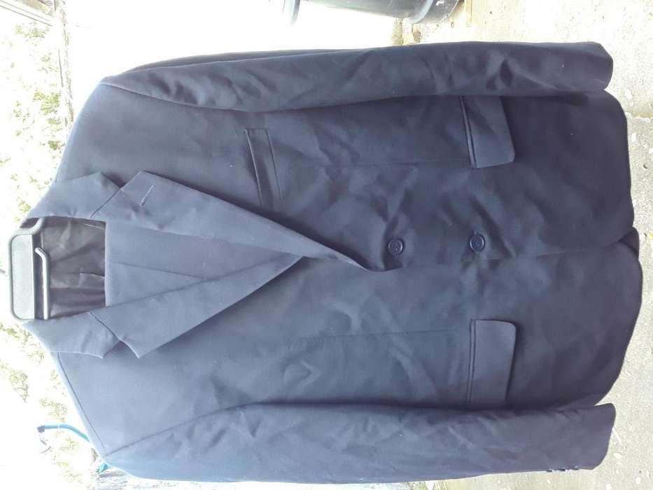 Se vende 02 trajes de pao talla 36 y 40