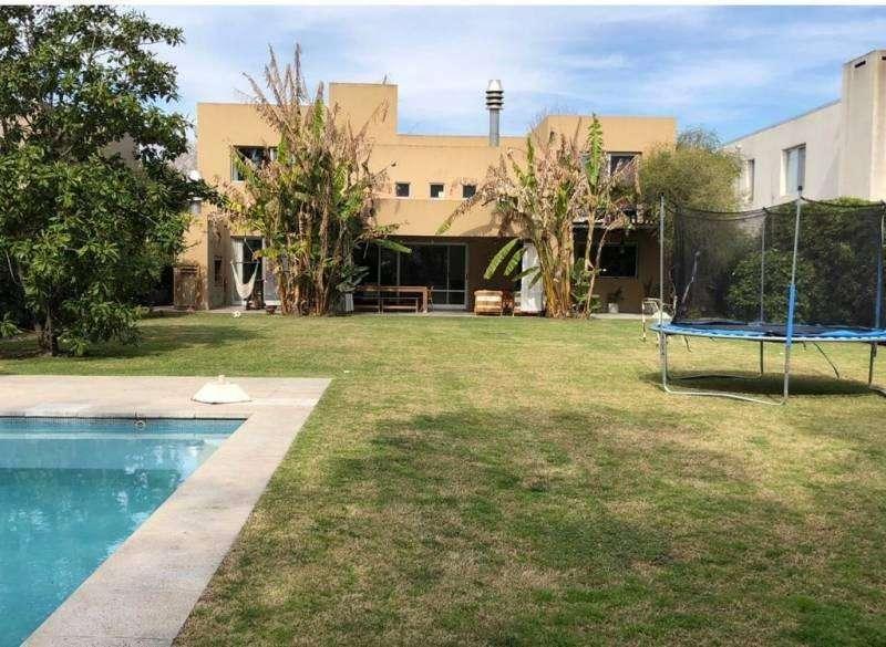 BUSTAMANTE PROP. - Santa Barbara - 9475 - Barrio Cerrado - Casa - Alquiler Verano - DIC ENERO
