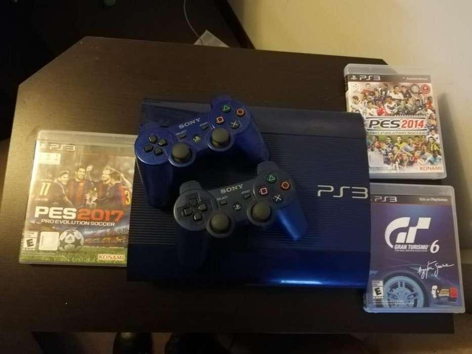 PS3 con juegos y palancas incluidas