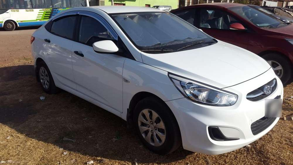 Hyundai Accent 2016 - 22000 km