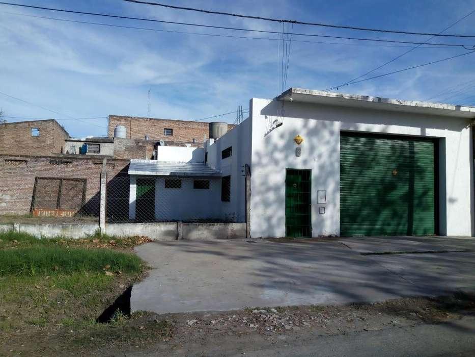 DUEÑO ALQUILA - Galpón, Oficina y Terreno
