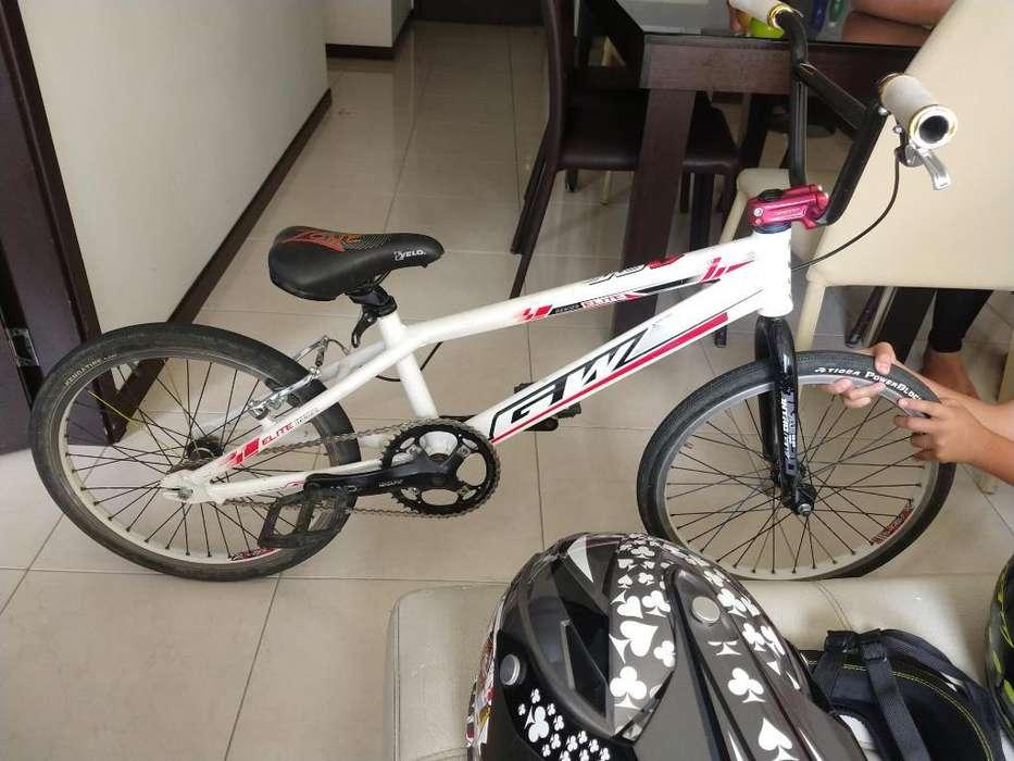 Bicicleta Bmx Y Accesorios de Protección