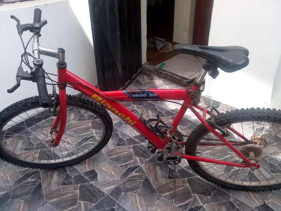 Se remata bicicleta marca italiana