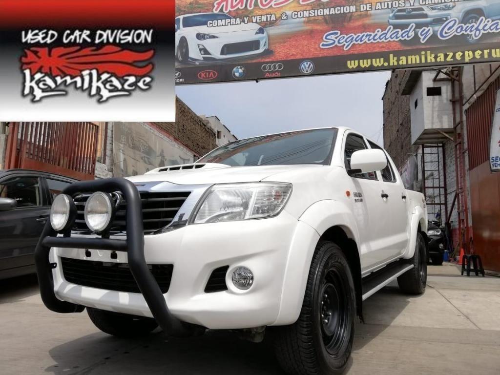 Kamikaze Peru: Toyota Hilux 2015