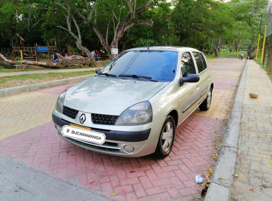 Renault Clio  2005 - 182000 km