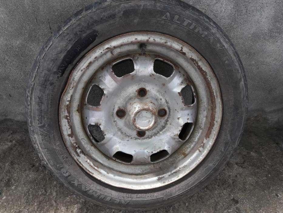 vendo <strong>llanta</strong> con aro de emergencia original chevrolet 16565 R13