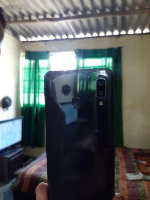 Vendo Samsung Galaxy A20 Caja